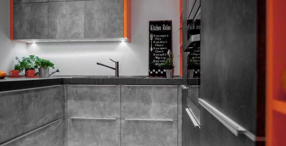 moderni rohova kuchynska linka firenze