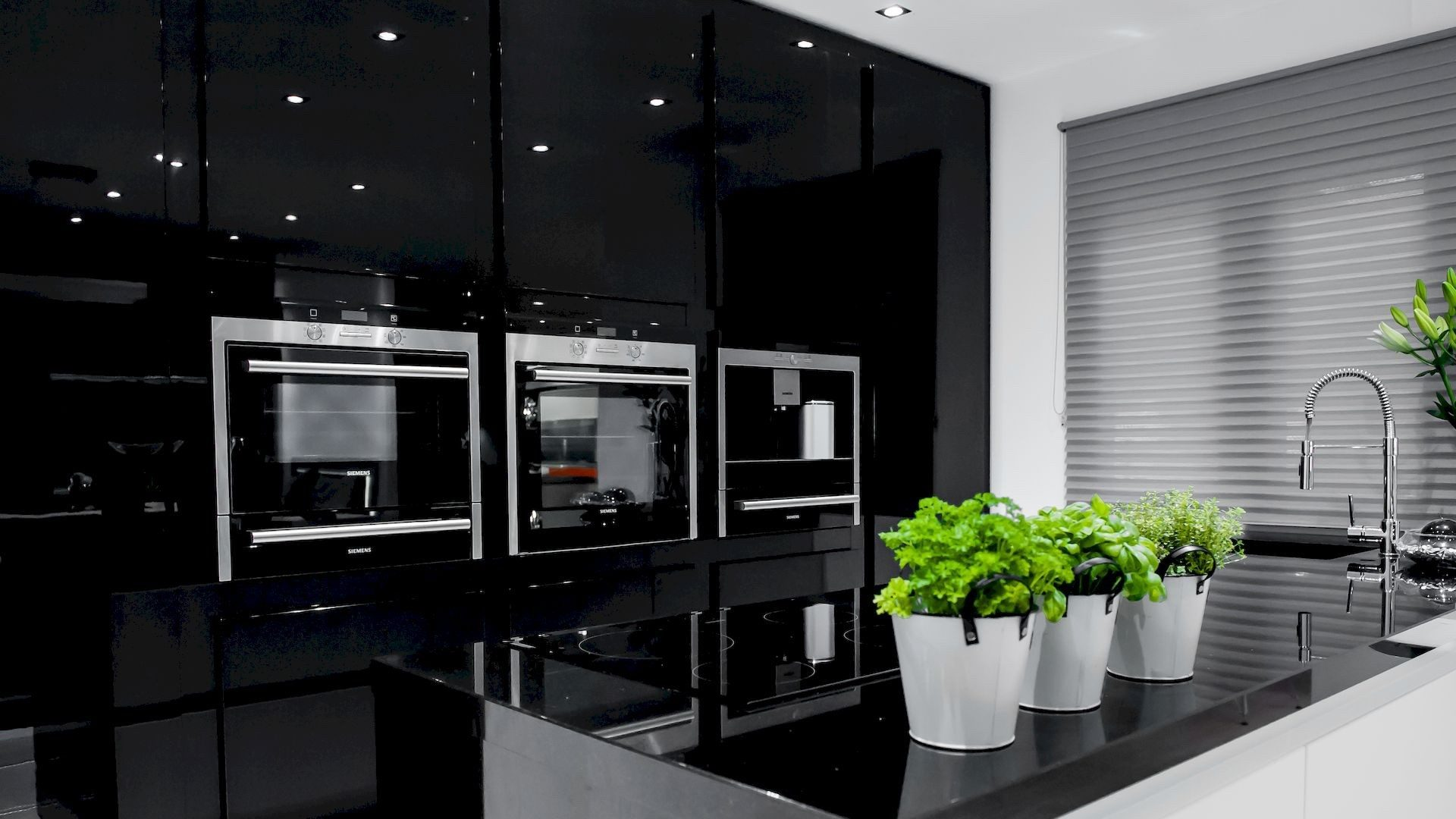 realizace kuchynske linky venture