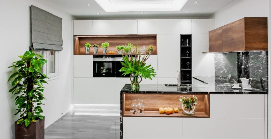 kuchyne na miru bianco crema