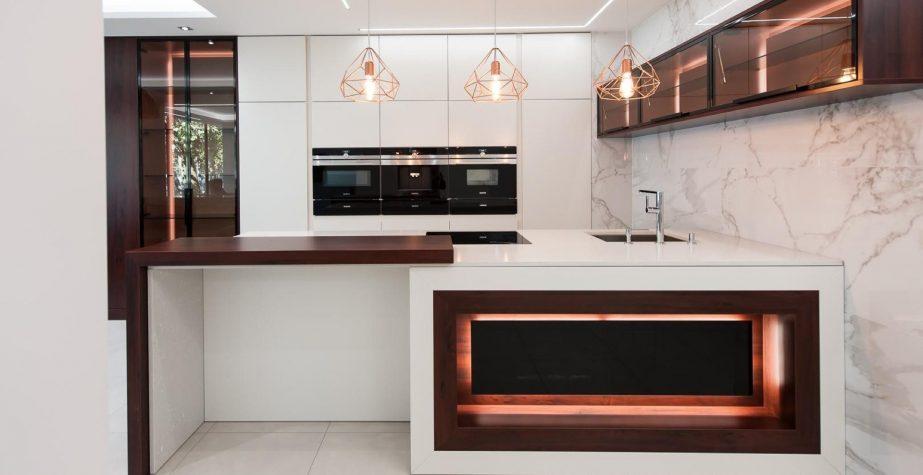 moderni kuchyne na miru modena